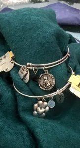 Dog & Cat jewelry $11.99